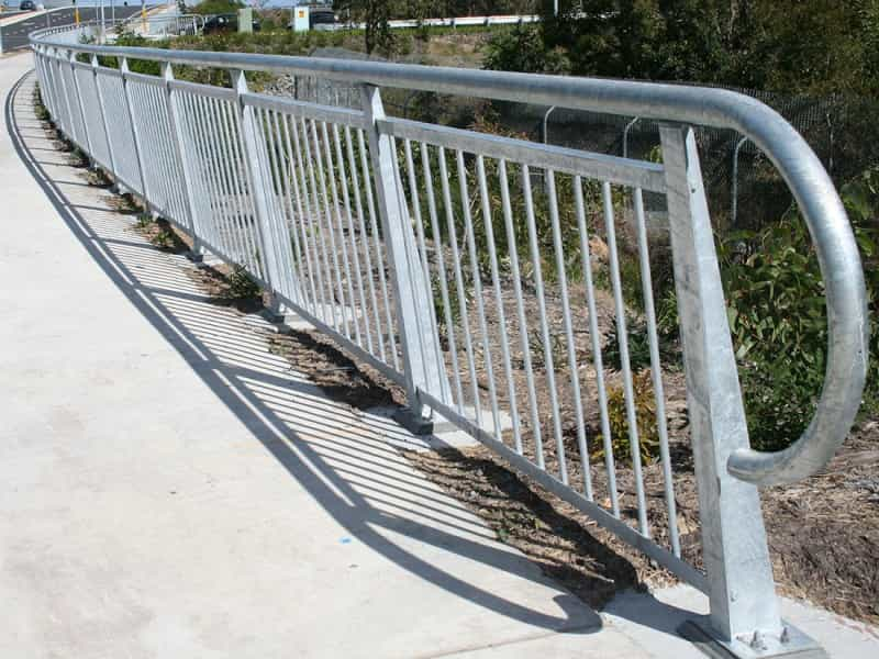 FH1 Highway Fencing