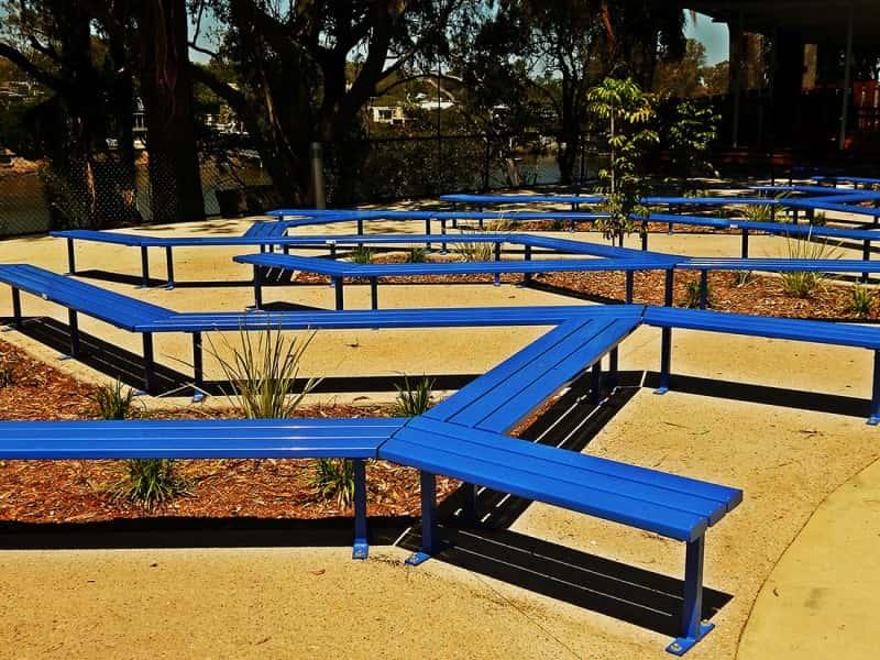 SB.3 Landscape Bench Seating
