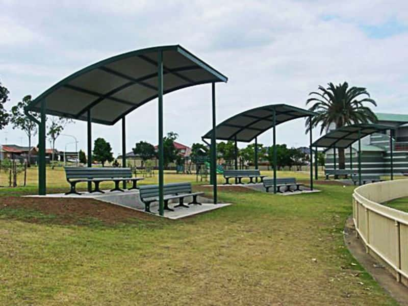 Curved Roof Spectator Shelter