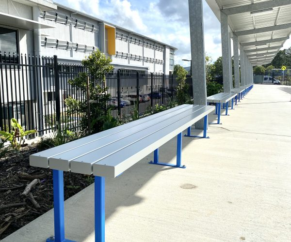 Aluminium 4rail Anodised - School pickup zone bench seating