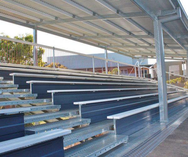 Large Grandstand19