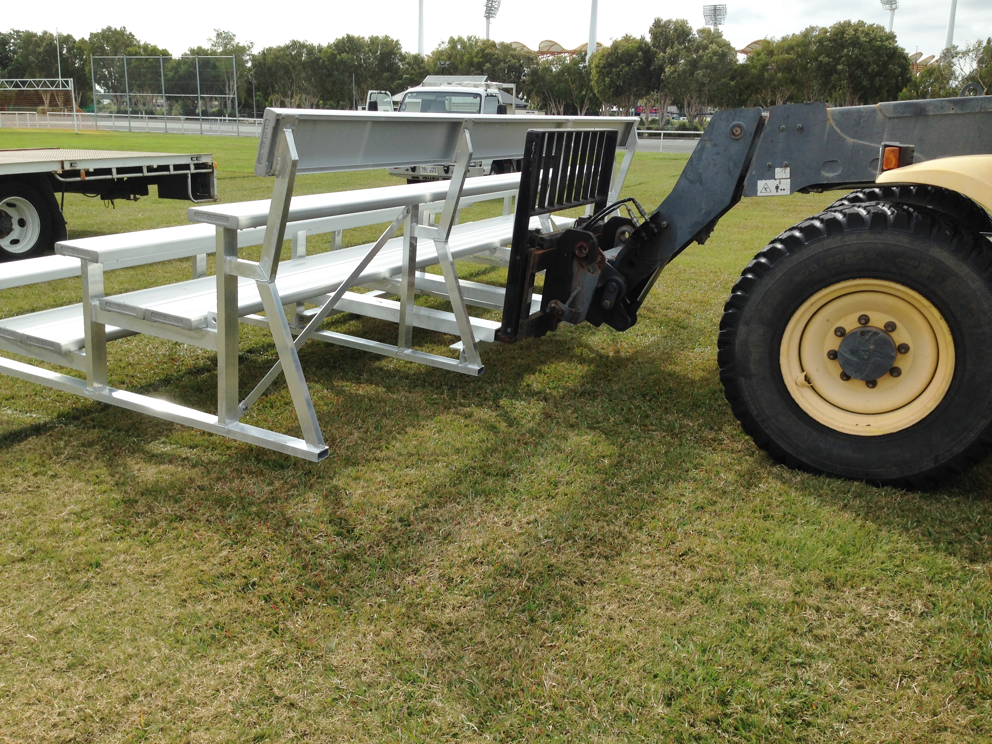 MOBILE TIERED SEATING UNITS